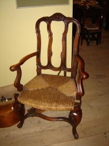 thkgiving-furniture-008-225x300