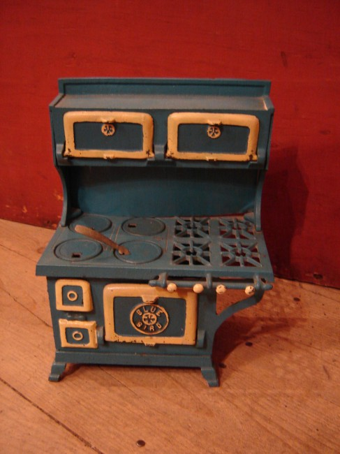 Blue Bird Toy Stove